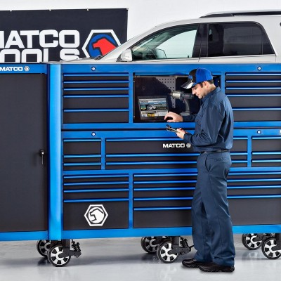 Barney Taxel photograph for Matco Tools